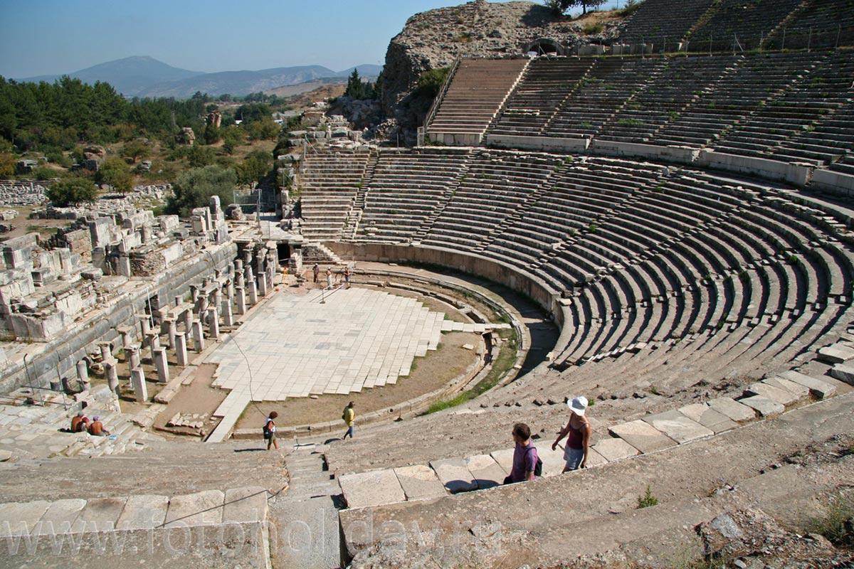 "Эфес - древний город-порт, ""потерявший"" своё море"