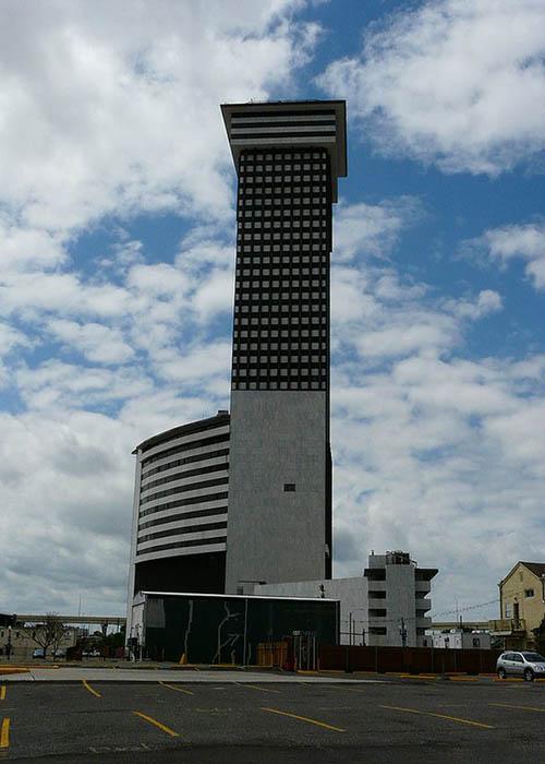 Башня Plaza, США