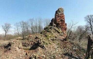 Епископский замок Фишхаузен в Калининградской области