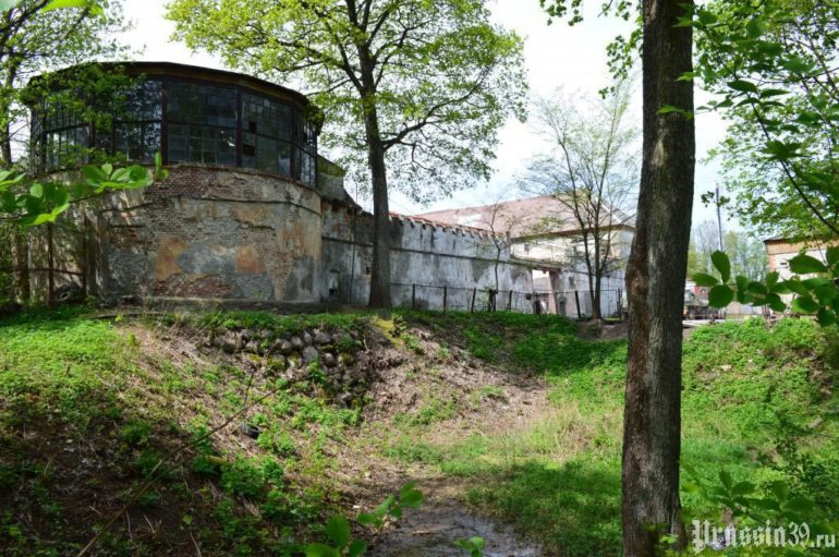 Замок Нойхаузен в Калининградской области