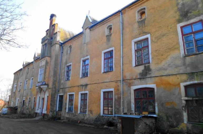 Замок Вальдау в Калининградской области