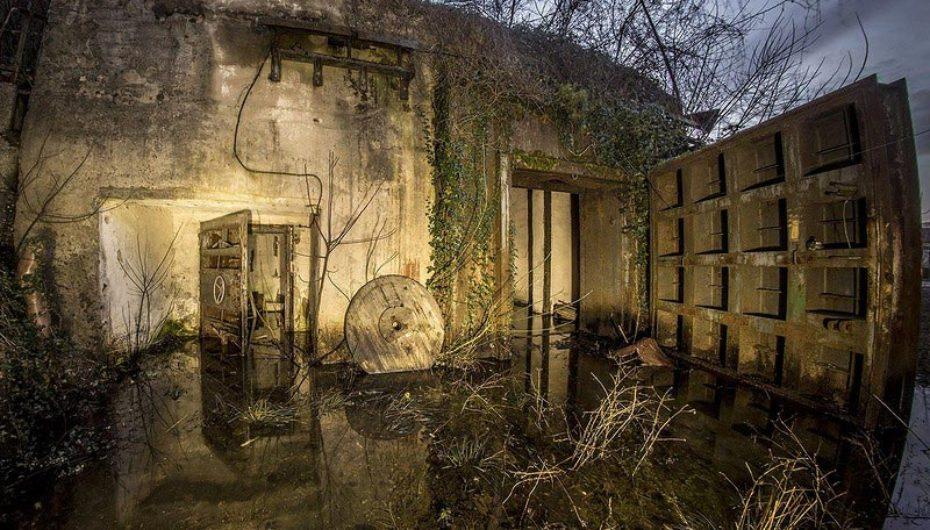 Старое бомбоубежище с мерзкой жижей