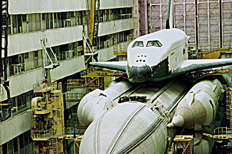 Больно смотреть! Последние фотографии орбитального корабля «Буран»