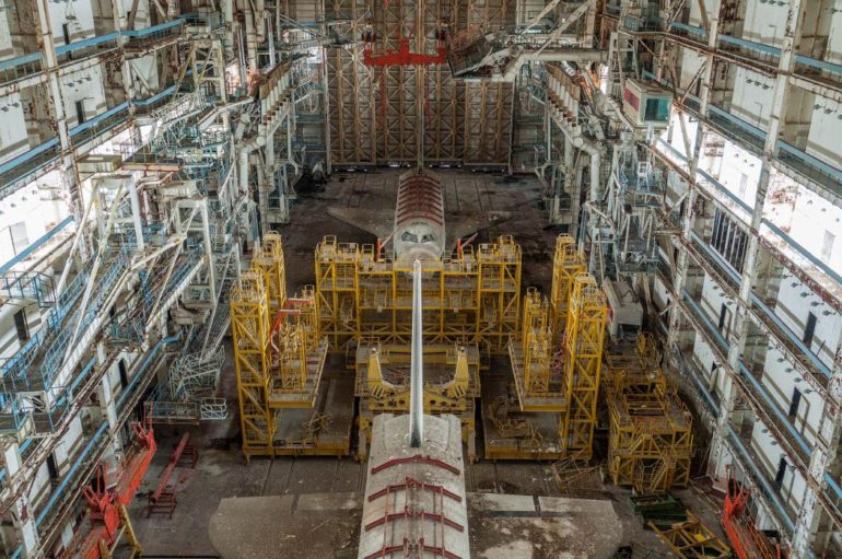Фоторепортаж из ангаров советских орбитальных кораблей «Буря», «Буран», «Заря»