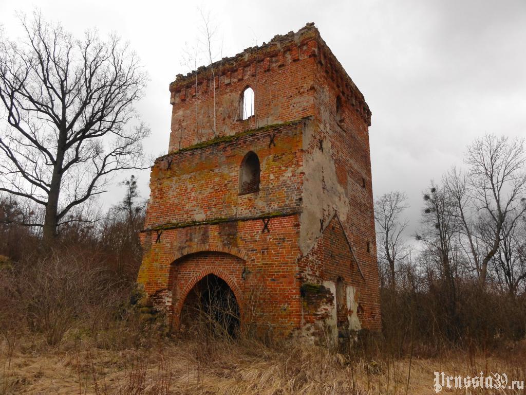 Замок Гросс Вонсдорф. Март 2014
