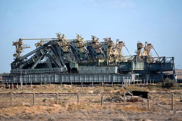 Заброшенный русский шаттл Буран, Казахстан