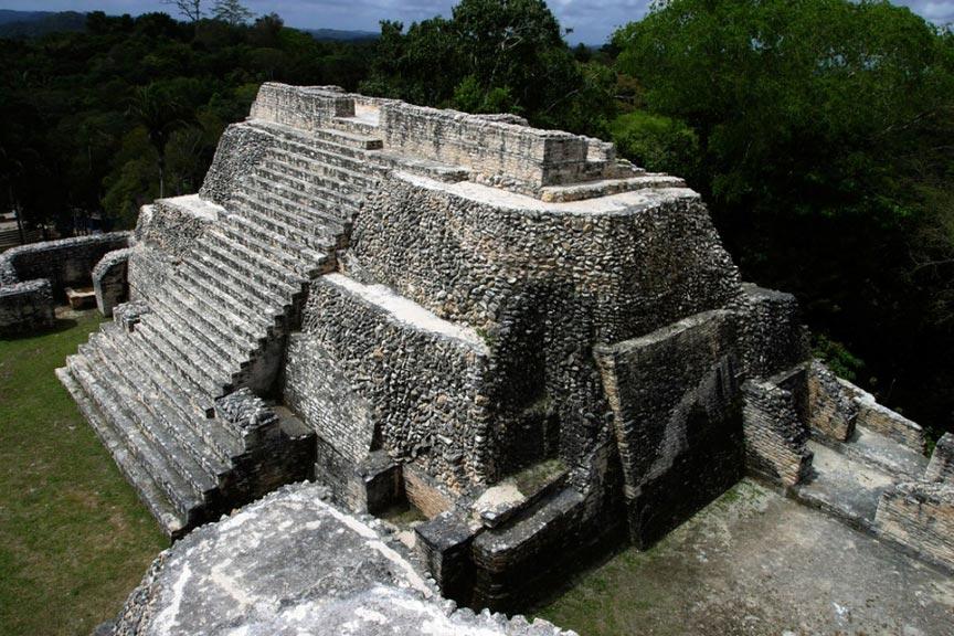 Развалины древнего города Караколь, Белиз