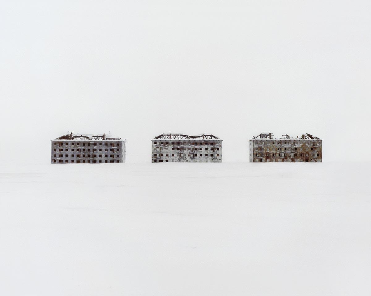 Жилые здания, построенные для полюсного научного городка биологических исследований. Россия, Коми.