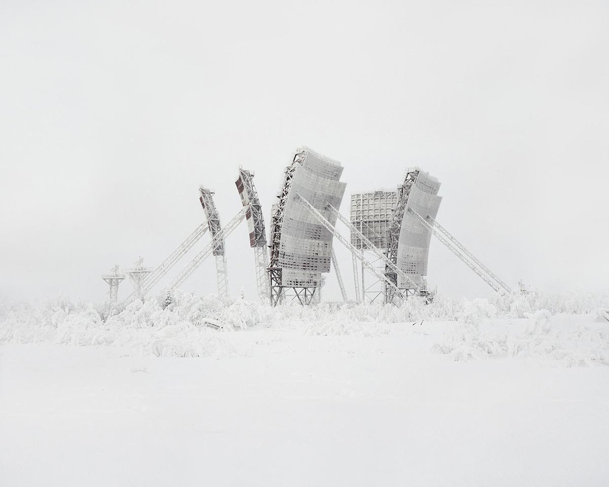 Тропосферные антенна на севере России (устаревший тип связи). Многие из них были построены на Крайнем Севере, и все они заброшены на данный момент. Россия, Ямало-Ненецкий автономный округ.