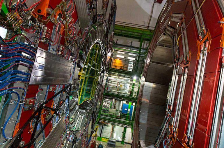 Большой Адронный Коллайдер | Взгляд изнутри
