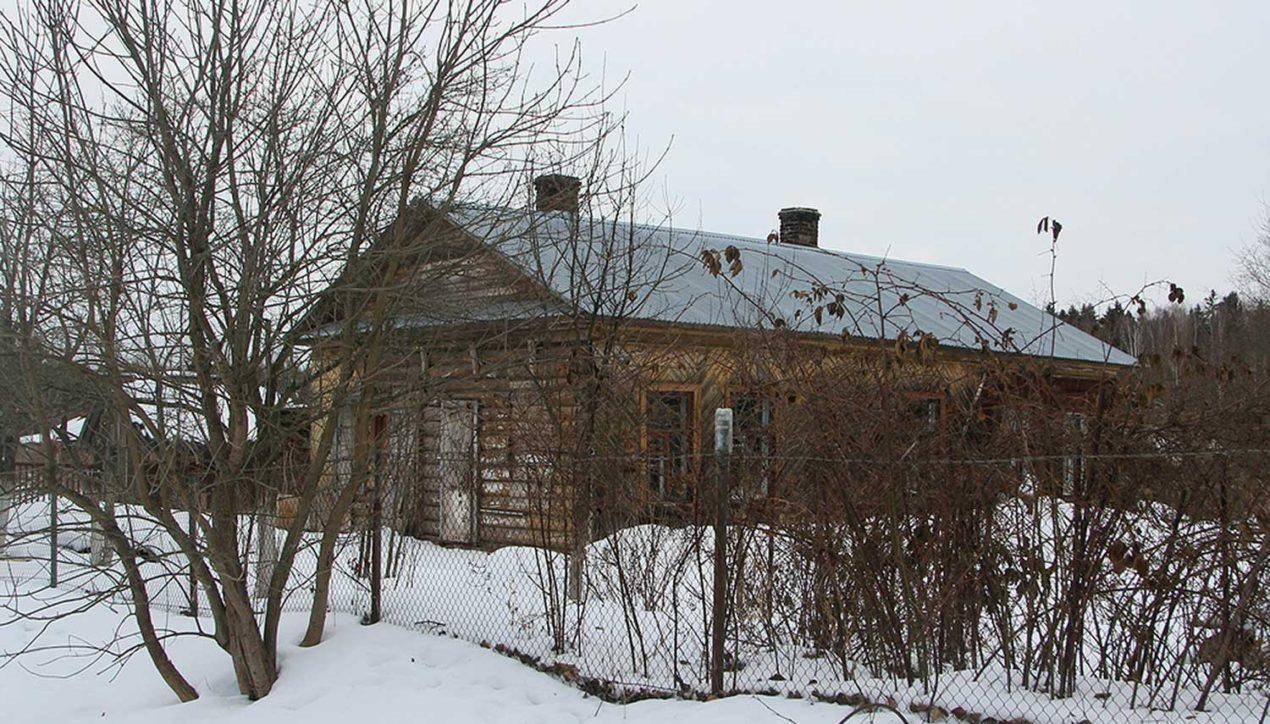 Заброшенные дома около аэропорта Домодедово