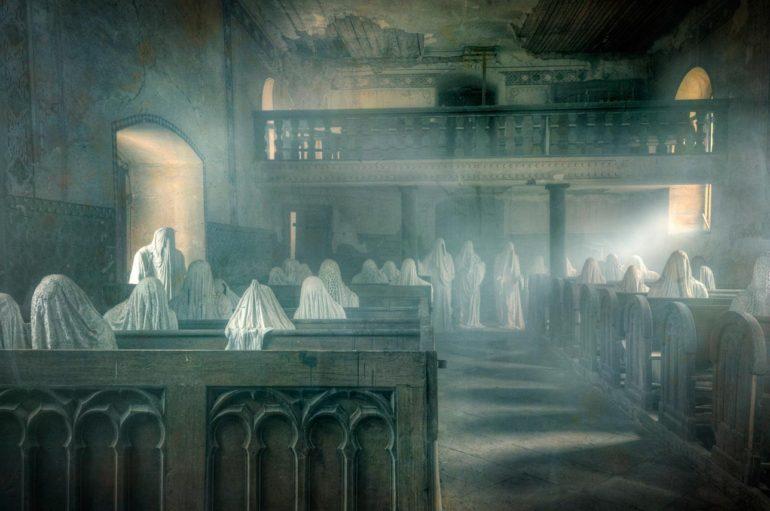 Жуткие посетители заброшенной церкви