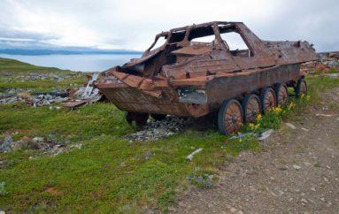 Заброшенные военные части на острове Кильдин