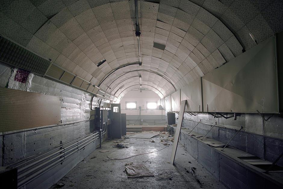 Стенд для статических испытаний, ракетный полигон Уайт-Сэндз, Нью-Мексико. Фото: Roland Miller