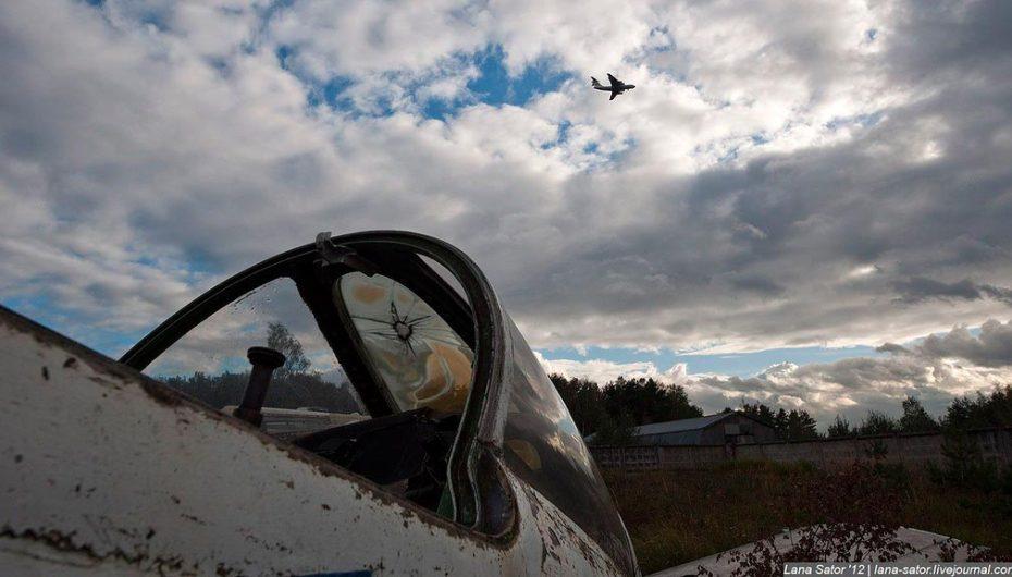 Кладбище заброшенных самолётов   Свалка-запасник музея ВВС в Монино