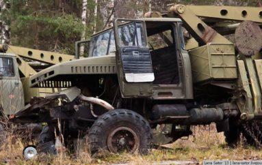 Вечный ремонт | Заброшенная военная техника
