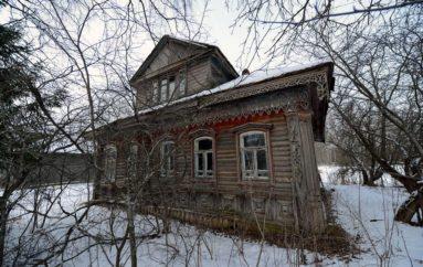 Исторические избушки в Красном селе