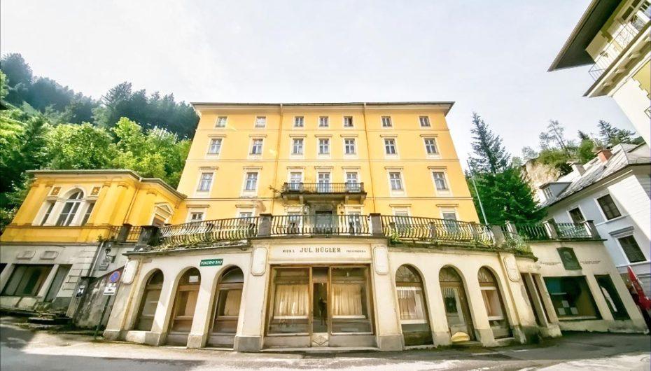 Отель-призрак «Королевский замок»