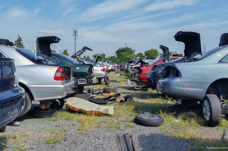 Самая большая авторазборка в мире | Как умирают автомобили в Америке