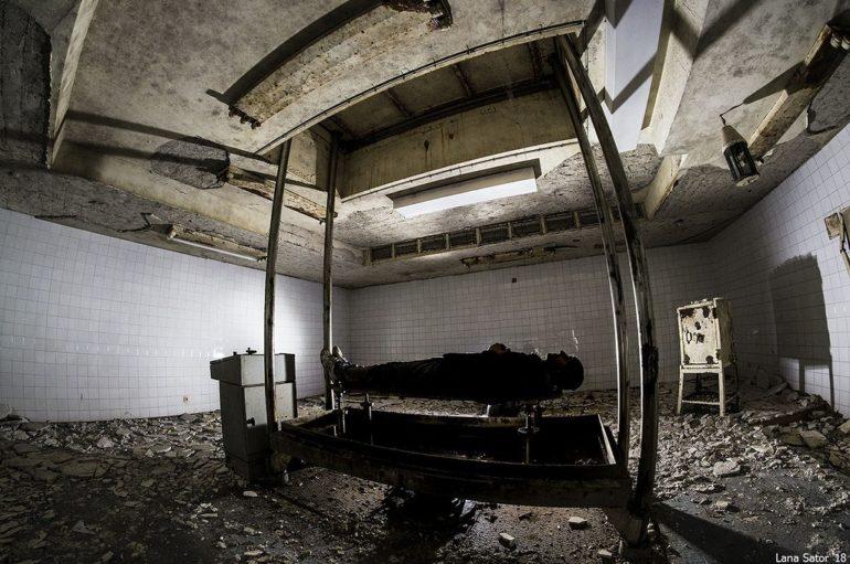 Подвалы взорванного мавзолея в Софии