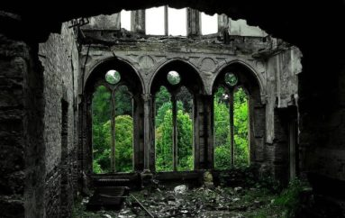 Жуткая красота заброшенных мест | Часть 1