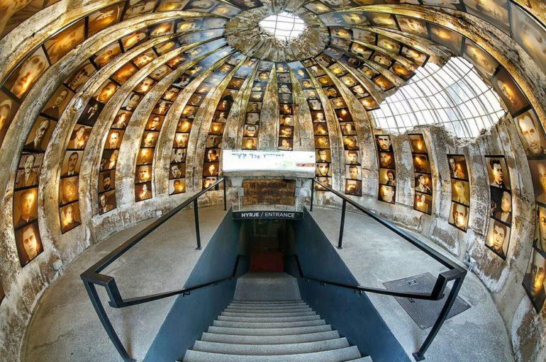 Бункер-музей в Албании