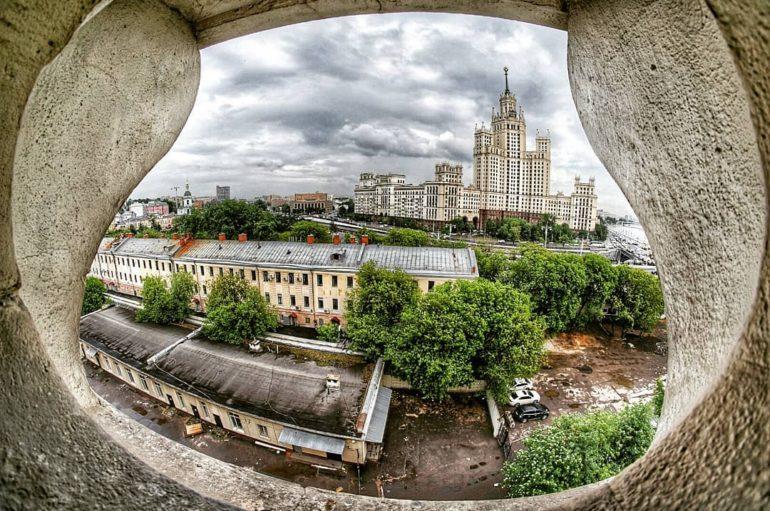 Former Academy of the Strategic Missile Force near the Kremlin | Photo-walk