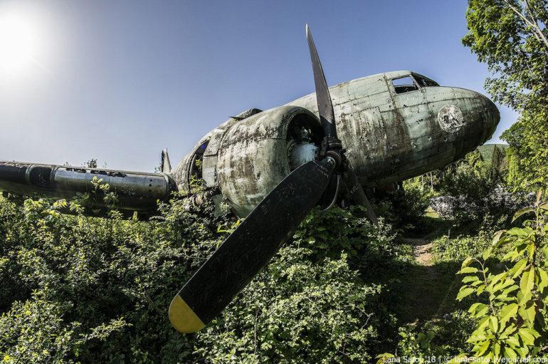 Заброшенные подземные авиабазы Восточной Европы 🛫 Фоторепортаж