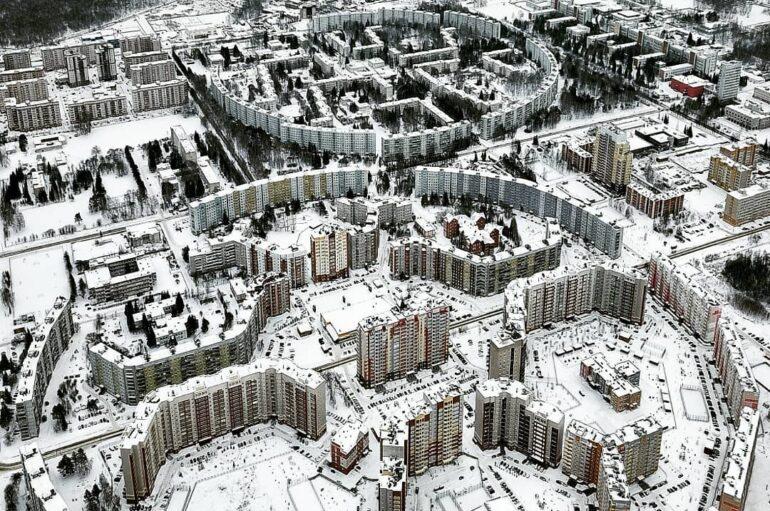 Краснообск — посёлок городского типа (ПГТ) недалеко от Новосибирска