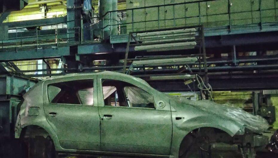 Stop production! Прекращён выпуск автомобилей Renault на ЗИЛе!